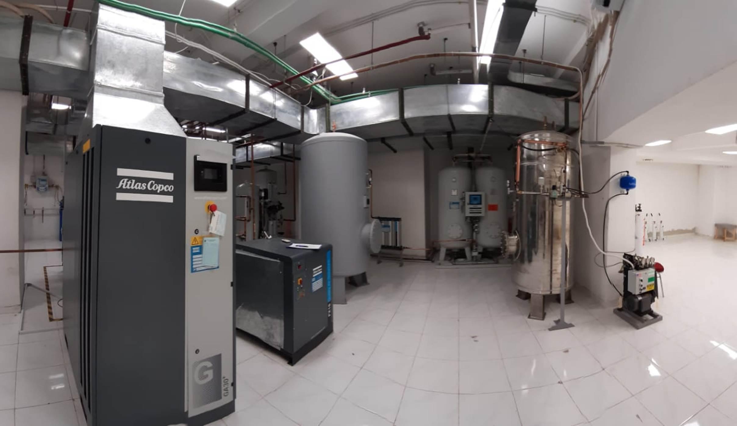 Generator Oksigen adalah mesin penghasil gas oksigen di r...
